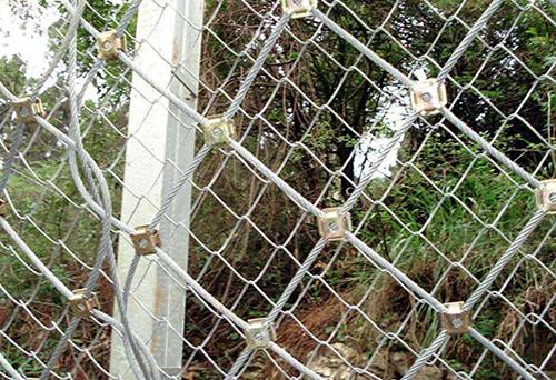 山体防护网案例